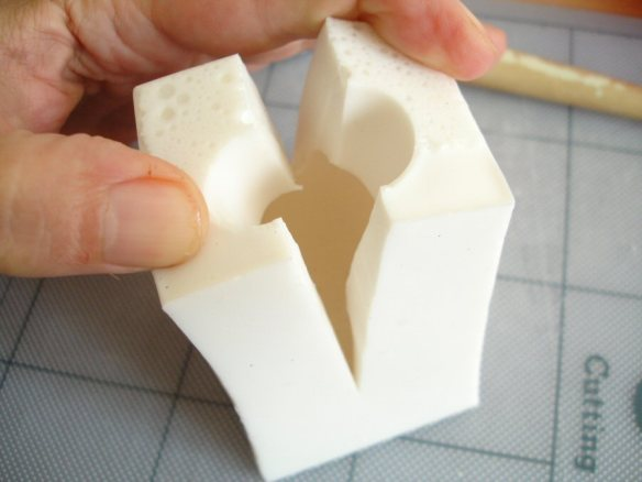 splitting a mould