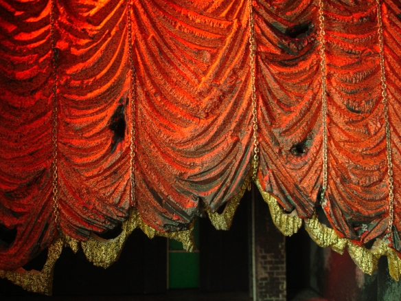 curtains carved in foam