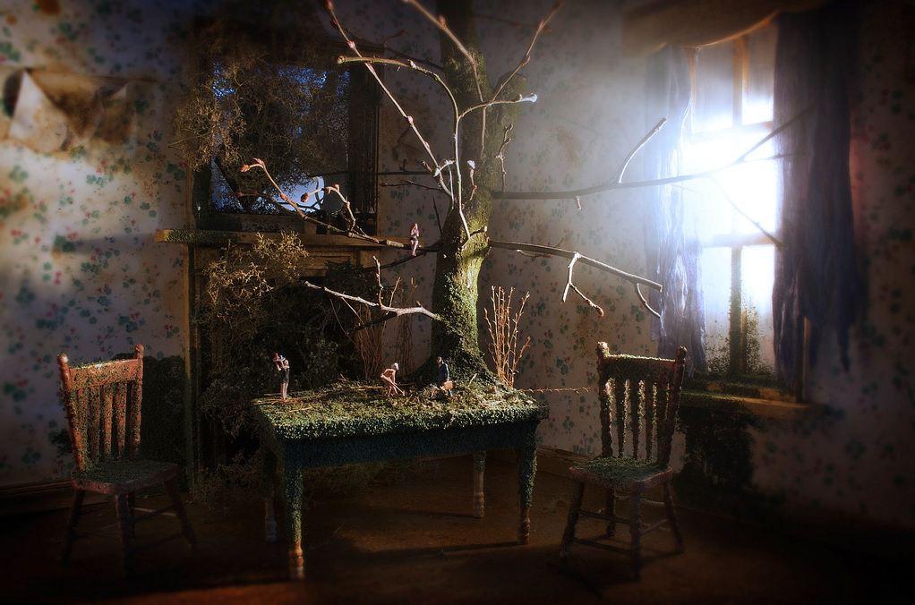 Bleak House_tree on table