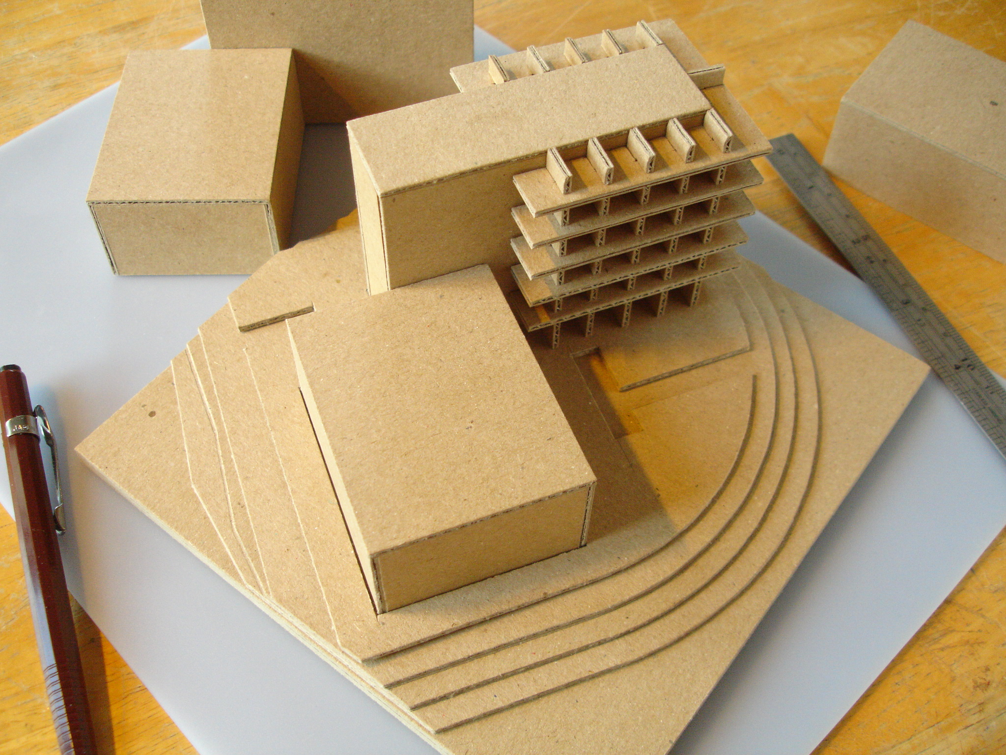Basic architectural models in kraft board davidneat for Model house building materials