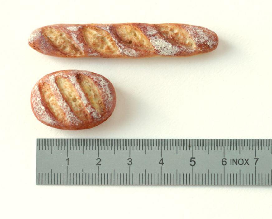 Marika Aakala 1:6 scale bread and baguette 2014