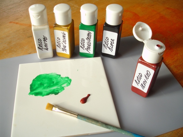 using 'travelling bag' bottles for paint