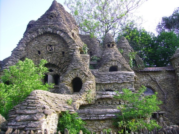 The so-called 'Hobbit House' built by an eccentric artist in the Cotswolds
