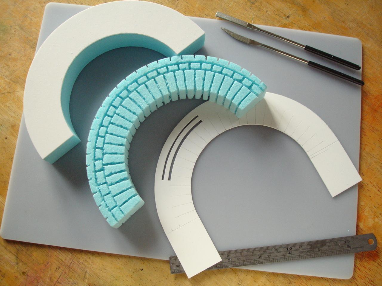 Making a brickwork arch in styrofoam