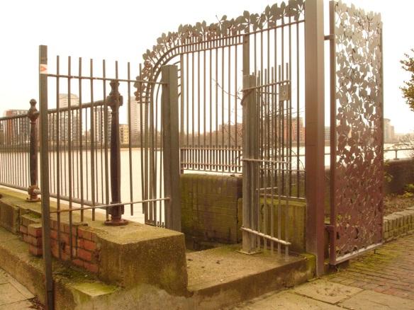 Thames Foreshore Trinity Wharf (Surrey Docks Farm) access stairs