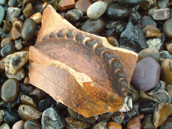 'handle' of a large vessel, Thames Foreshore Rotherhithe